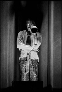MilesDavis en concert salle Pleyel -1969 - Copyright : Guy Le Querrec _ Magnum photos