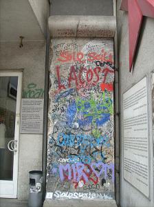 Pan de mur dans le quartier du Checkpoint Charlie
