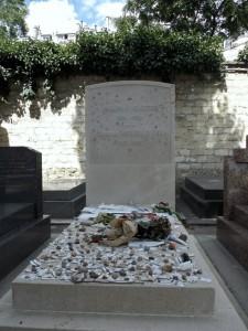 Cimetière du Montparnasse - Tombe de Jean-Paul Sartre et Simone de Beauvoir