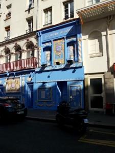 Montparnasse - rue de la Gaité