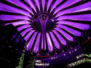 Sony Center Berlin - Light Artist: Yann Kersalé / Architect: Helmut Jahn of Murphy/Jahn Architect © EasyMalc