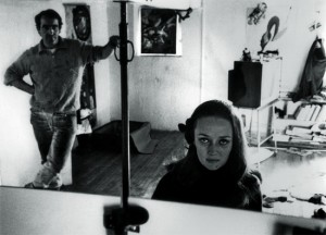 Niki de Saint Phalle et Jean Tinguely à l'atelier photographie de Harry Schunk 1963 © 2014 Niki Charitable Art Foundation, All rights reserved