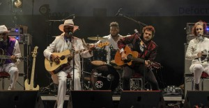 Larry Graham et -M-